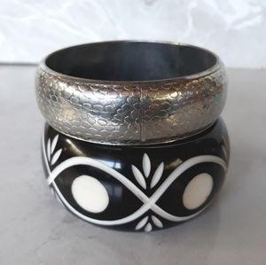 Bangle Bracelets Set Silver Metal & Carved Acrylic